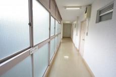 南平台アジアマンション 7階廊下