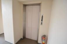プラザ六番館 エレベータホール