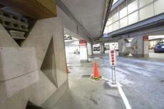南平台アジアマンション 駐車場