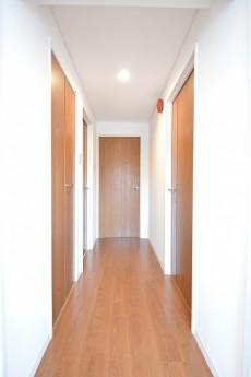シャンボール常盤松 7Fの廊下