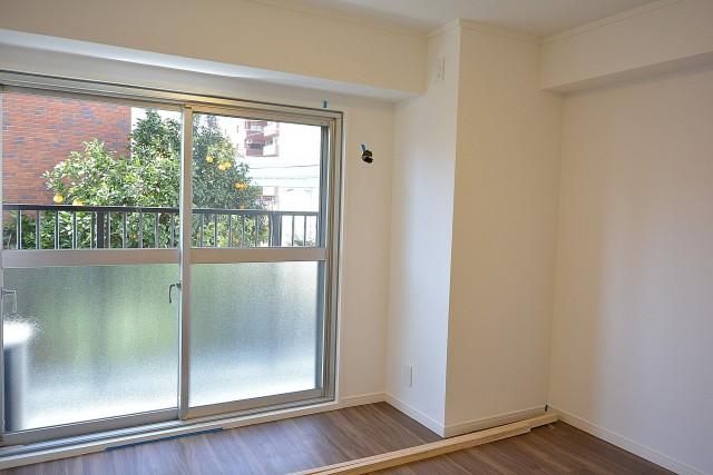 2部屋目は約6.5帖の広さ。洋室