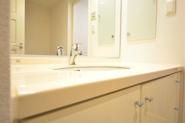 レジオン白金クロス 洗面化粧台