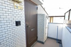 ライオンズマンション中野第2  玄関扉
