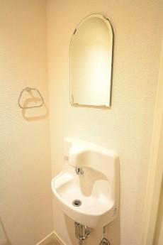 レジオン白金クロス トイレ内の手洗い場
