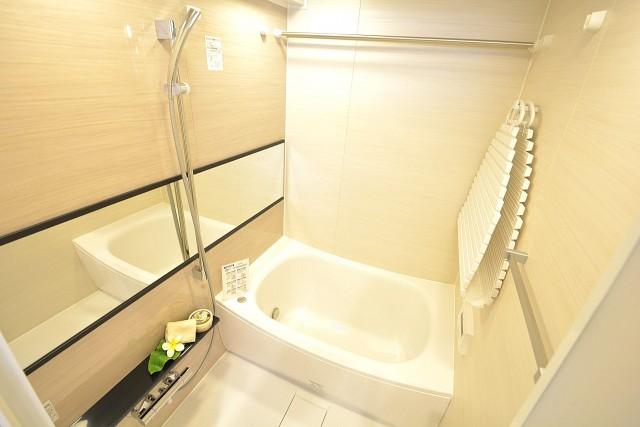 グランドメゾン幡ヶ谷 追い焚きと浴室乾燥機付きバスルーム