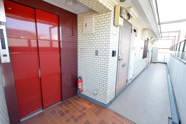 ライオンズマンション中野第2  エレベーター