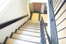 大富外苑コープ 共用階段