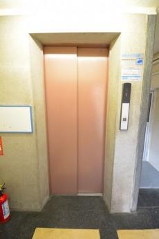 大富外苑コープ エレベーター