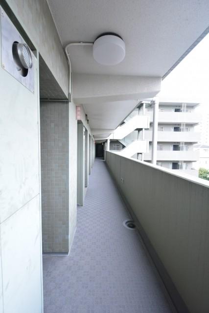 世田谷船橋パーク・ホームズ 外廊下