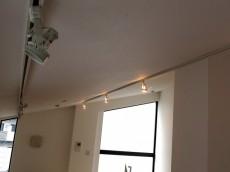 グラントレゾール広尾 ベッドルームの照明はスポットライト