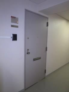 本郷七番館 ドア