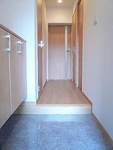 六本木東豊エステート 玄関ホールです。