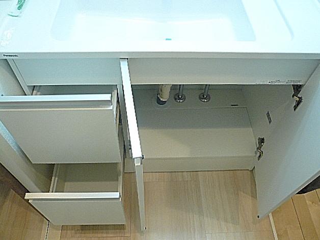 駒沢コーポラス 洗面台収納
