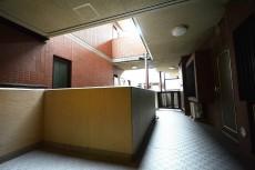 クレストフォルム蒲田 2階のホール