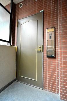 クレストフォルム蒲田 玄関ドア