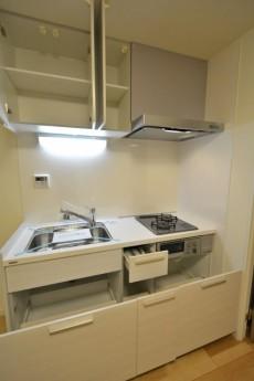 ストークビル赤坂 キッチン収納602