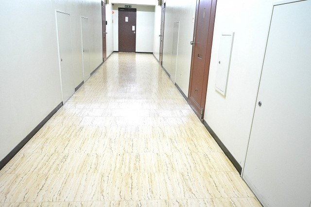 築地永谷タウンプラザ 共用廊下