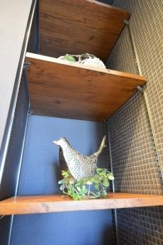 成城エコーハイツ 洗面化粧台横の棚