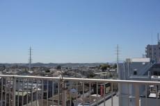 成城エコーハイツ キッチン窓からの眺望