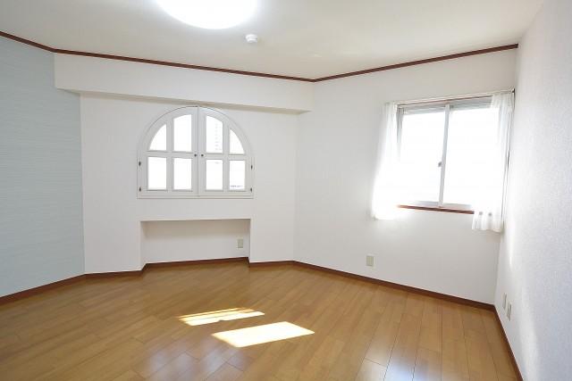 グランドパレス田町 洋室②