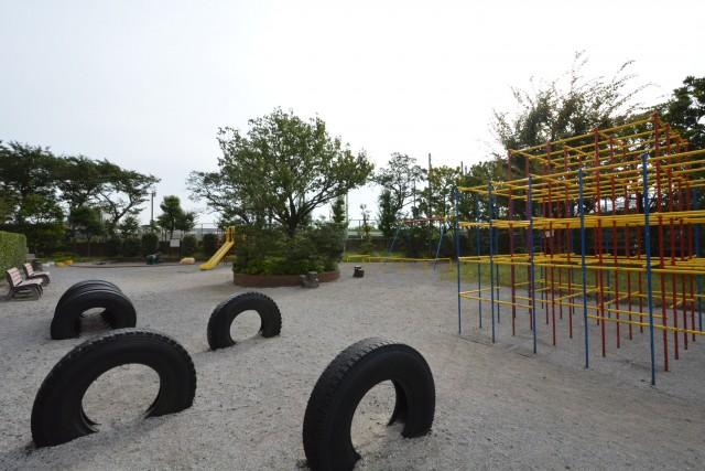 多摩川芙蓉ハイツ 敷地内公園