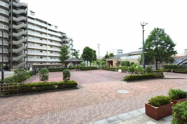 多摩川芙蓉ハイツ 共用広場