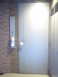 アルス世田谷シーゼ 玄関扉