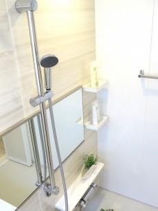 メゾンボア 浴室