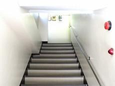 メゾンボア 共用階段