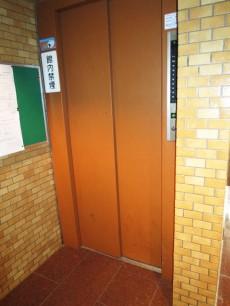 ライオンズマンション西新宿第七 エレベーター