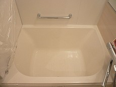 ライオンズマンション白金第2 手すり付き浴槽
