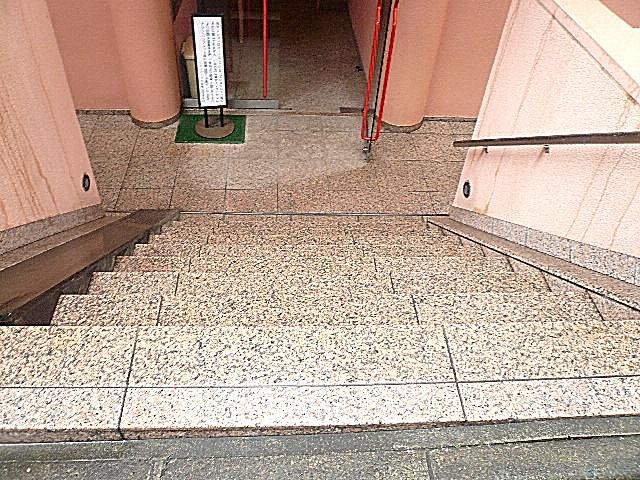ジェイパーク目黒東山 エントランス