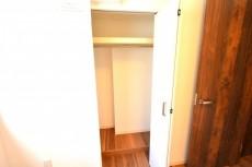 サンセール広尾 洋室5.2クローゼット