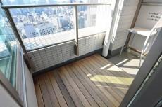 東京ツインパークス・レフトウイング ベッドルームのバルコニー