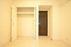東急ドエル・アルス等々力弐番館 約5.3畳のサービスルーム