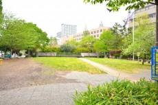 ファミール築地 公園2