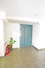 代々木スカイハイツ エレベーターホール