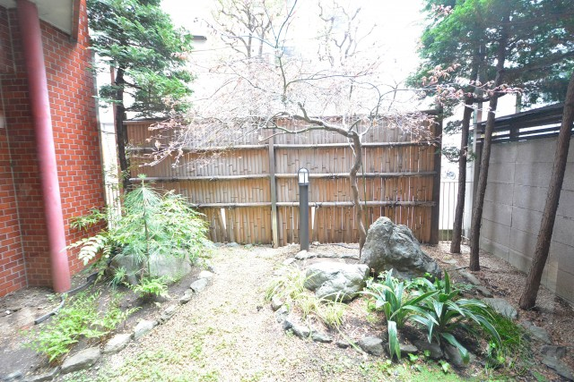 東武ハイライン第2芝虎ノ門 エントランス日本庭園
