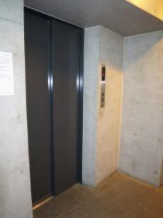 サンクタス市ヶ谷富久町イーストタワー エレベーター