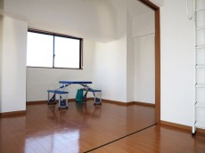 スカーラ四谷 約6.4帖のダイニングキッチン&約6帖の洋室