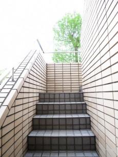 テラス目白 外部階段