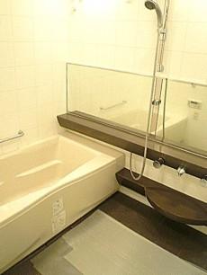 深沢ハウス 追炊き機能付き浴室