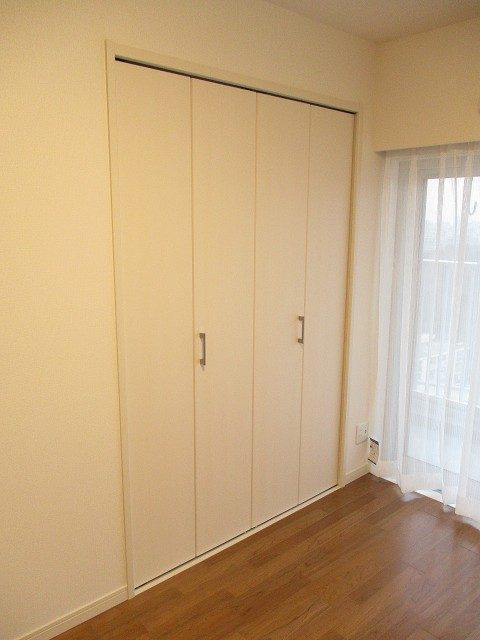 戸山ハイツ 洋室1