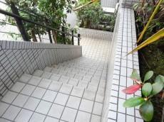 サンセピア幡ヶ谷 階段
