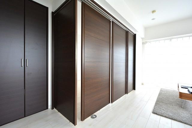 LDKと洋室の間の扉