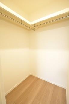 バロール代々木 5.7帖洋室のWIC
