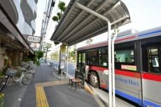 グランシティ上用賀ラ・アヴェニュー バス停
