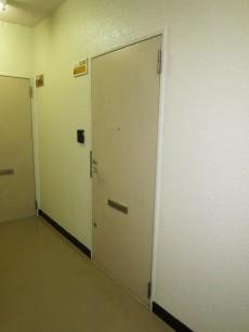 サンビューハイツ音羽 玄関ドア