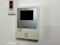 東中野マンション TVモニター付きインターホン