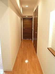 左手 廊下